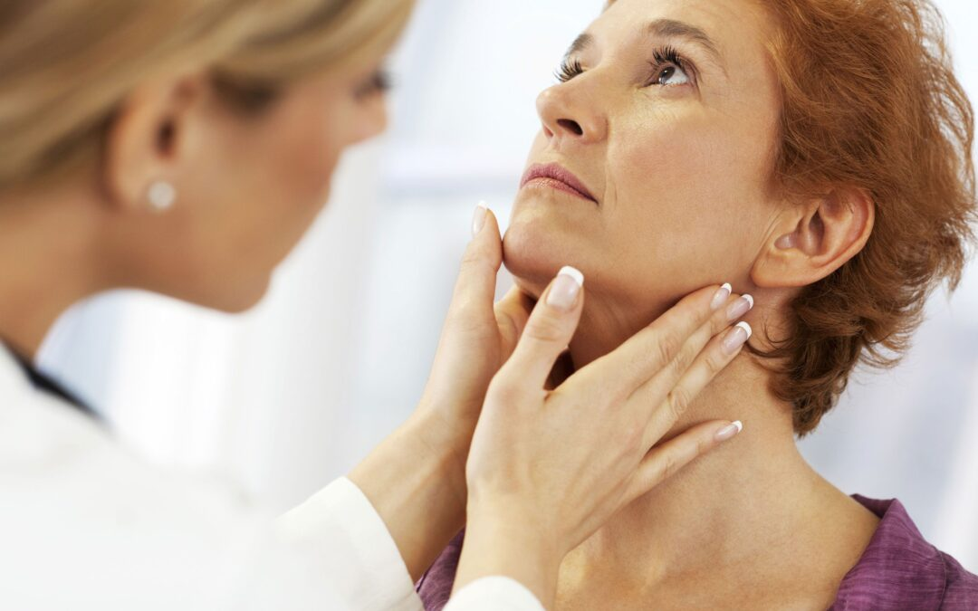 Laryngitis Overview, Symtoms, Causes, Risk Factors, Complications & Prevention